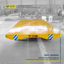 无轨胶轮车电池供电铁路平板车大型工业设备电动运输车有轨平台车图片
