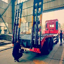 大马力短轴距潍柴350马力解放J6前四后八挖机平板运输车3.5L图片