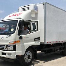 江淮骏铃V76.2米肉钩冷藏车