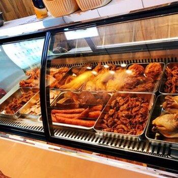 驻马店全铜管熟食柜、卤味展示柜均衡保鲜