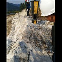 全南采石场开采硬石头静态开采分裂棒现货供应图片