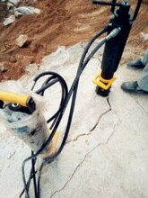 宁县破碎锤不能用破石头怎么开石头快速开挖设备拆除方法图片