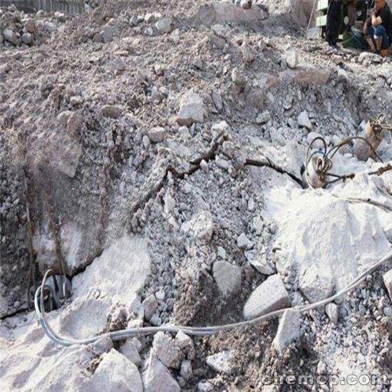 矿山开采靠近民房不能放炮岩石劈裂机利津特点介绍