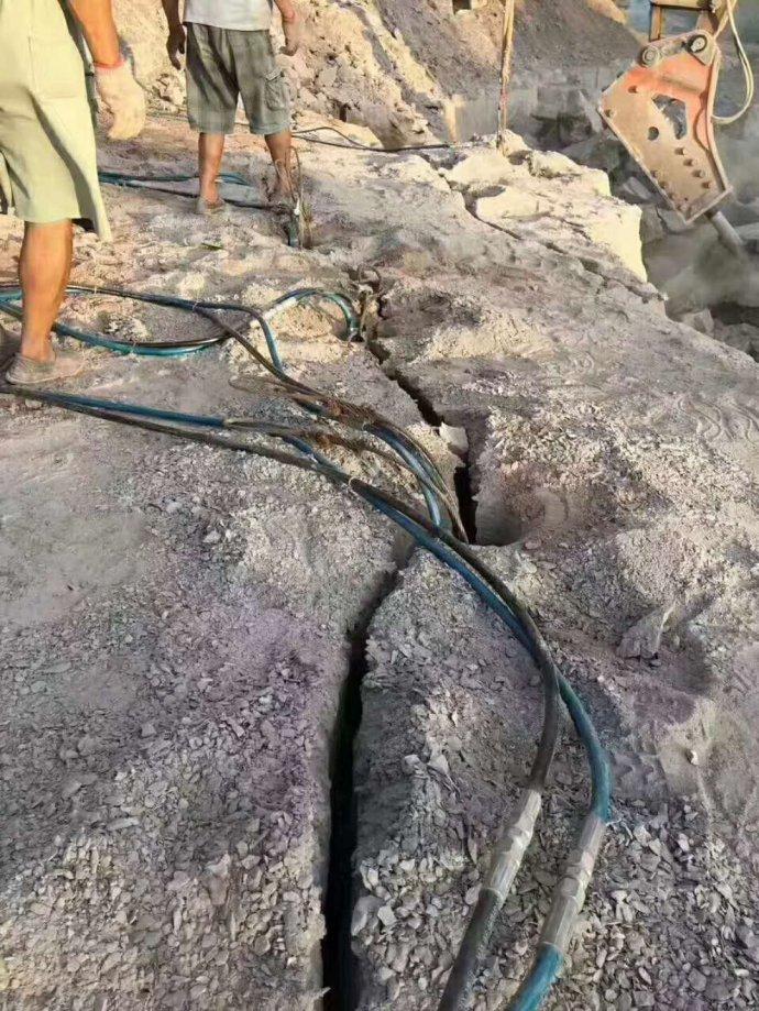竹溪代替爆破施工炉渣分裂破碎液压破石机