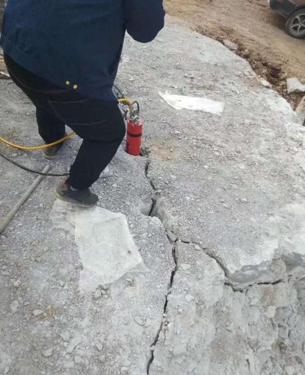 平度隧道开采破岩石开采设备