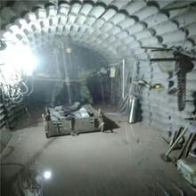 高新區液壓鑿除巖石礦山分裂巖石劈裂機圖片