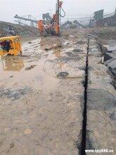 贵州能够比几台挖机产量高的机器服务周到欢迎咨询