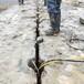 资讯:信阳公路边坡岩石开挖设备破石劈裂机