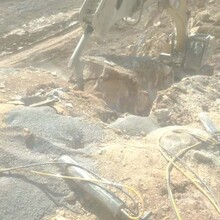 西华开工不能放炮用什么代替坚硬岩石开采裂石棒图片