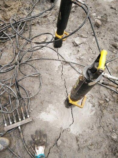 井下巖石劈裂機破石機技術方案