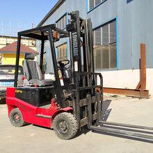 厂家直销龙力德2吨电动叉车环保节能免维护