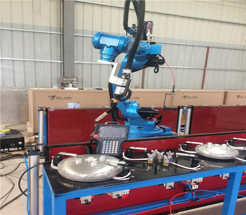 山东迈德尔加定制焊接设备批量生产金属焊接机器人