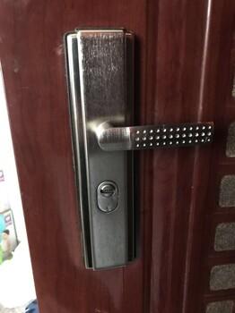 上海浦东附近汽车开锁公司电话(110认证备案)