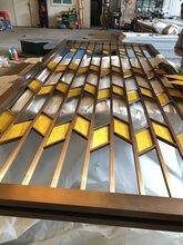 不锈钢酒店大厅屏风镂空背景墙隔断定做厂家直销图片