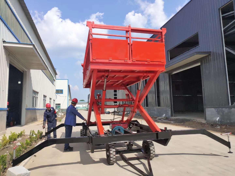 鑫炬岳移动登车桥,10吨登车桥收货装卸车升降机操作简单