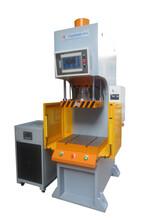 弓形油压机,C型冲床,精密数控冲压机图片