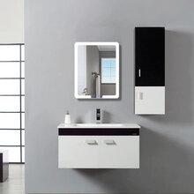 一件代发大牌化妆镜卫生间洗手间装饰镜定制欧式镜子挂墙