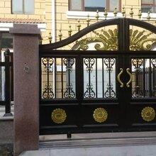 呼和浩特玉泉区铸铝别墅大门铝艺阳台护栏定制
