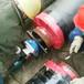 內漲式電動坡口機手拿著開坡口內脹倒角機