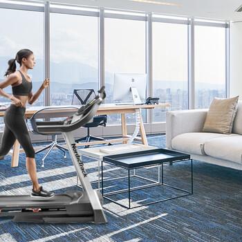 工作忙没时间运动一台家用跑步机帮你搞定爱康19818