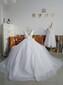 最有格调的婚纱,可以多种方式呈现美。图片