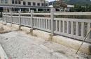 批发定制水泥仿木护栏仿石栏板河道公园安全围栏仿木围栏源头厂家图片