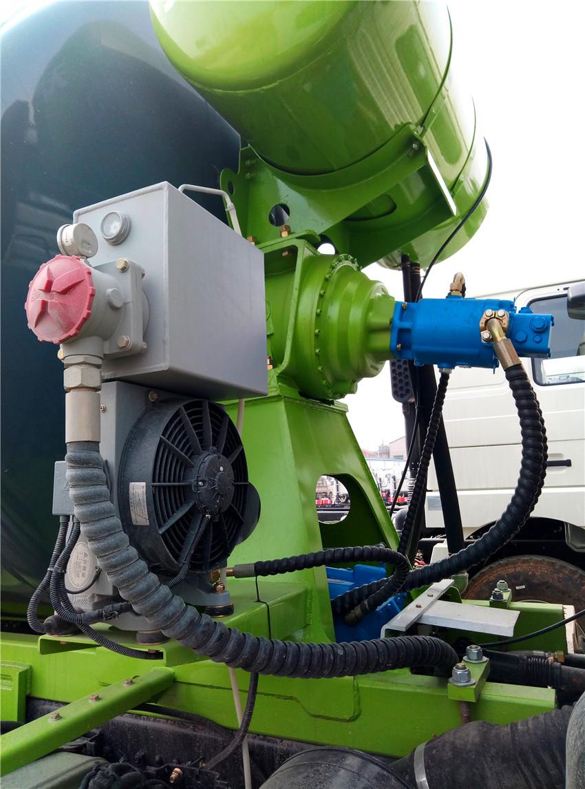 混泥土搅拌车减速机液压泵马达华菱星马零配件卖维修理厂家四川资阳