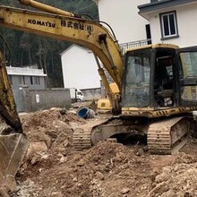 弥渡县加藤挖掘机维修专业客服-新余挖机修理厂图片