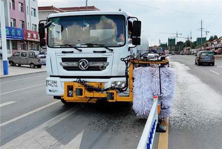 护栏清洗车供应