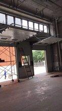 崇左工业滑升门安装图片