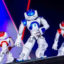 重庆跳舞机器人出租互动机器人主持机器人租赁图片