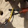挖機炮錘打不動石頭開采新方法礦山施工機來電洽談/甘肅柱塞式劈裂棒多少錢