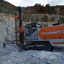 江西吉安石场矿山志高掘进ZEGA一体液压潜孔钻机D450A华南服务中心钻科机械交付