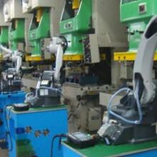 北京倒閉電子廠回收-倒閉啤酒廠飲料廠拆除-鑄造廠大件設備回收圖片