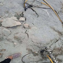 膨胀剂裂石慢用裂石棒厂家直销图片