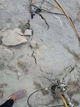 新疆开山机劈裂棒容易上手图片