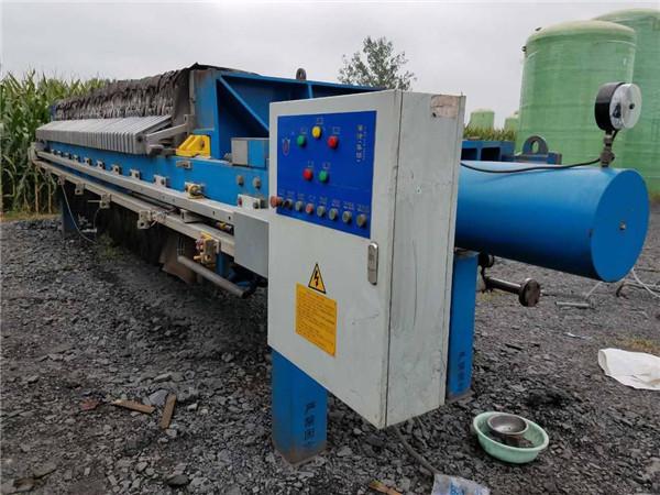齊齊哈爾鍍鋅污水壓干廂式壓濾機調試安裝
