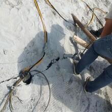 三门峡市挖机带动式大裂石机图片