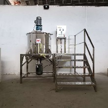 立白洗衣液生产设备