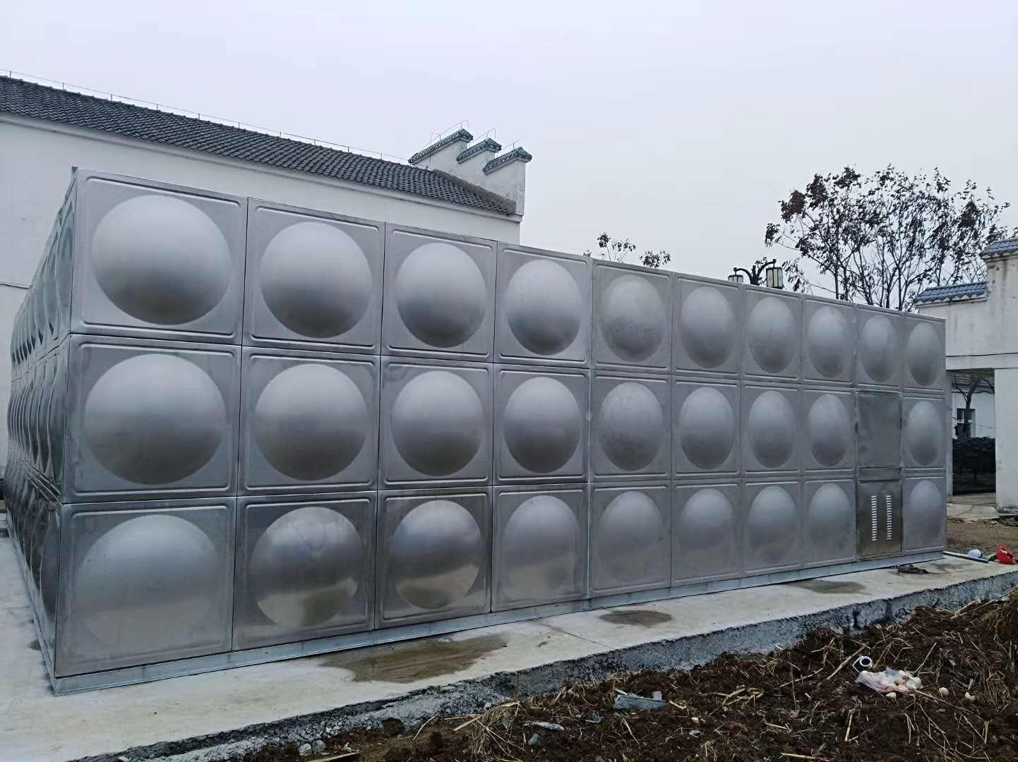 梅州大埔不锈钢水箱厂家直销组合式不锈钢消防水箱304价格焊接式双层保温水箱批发