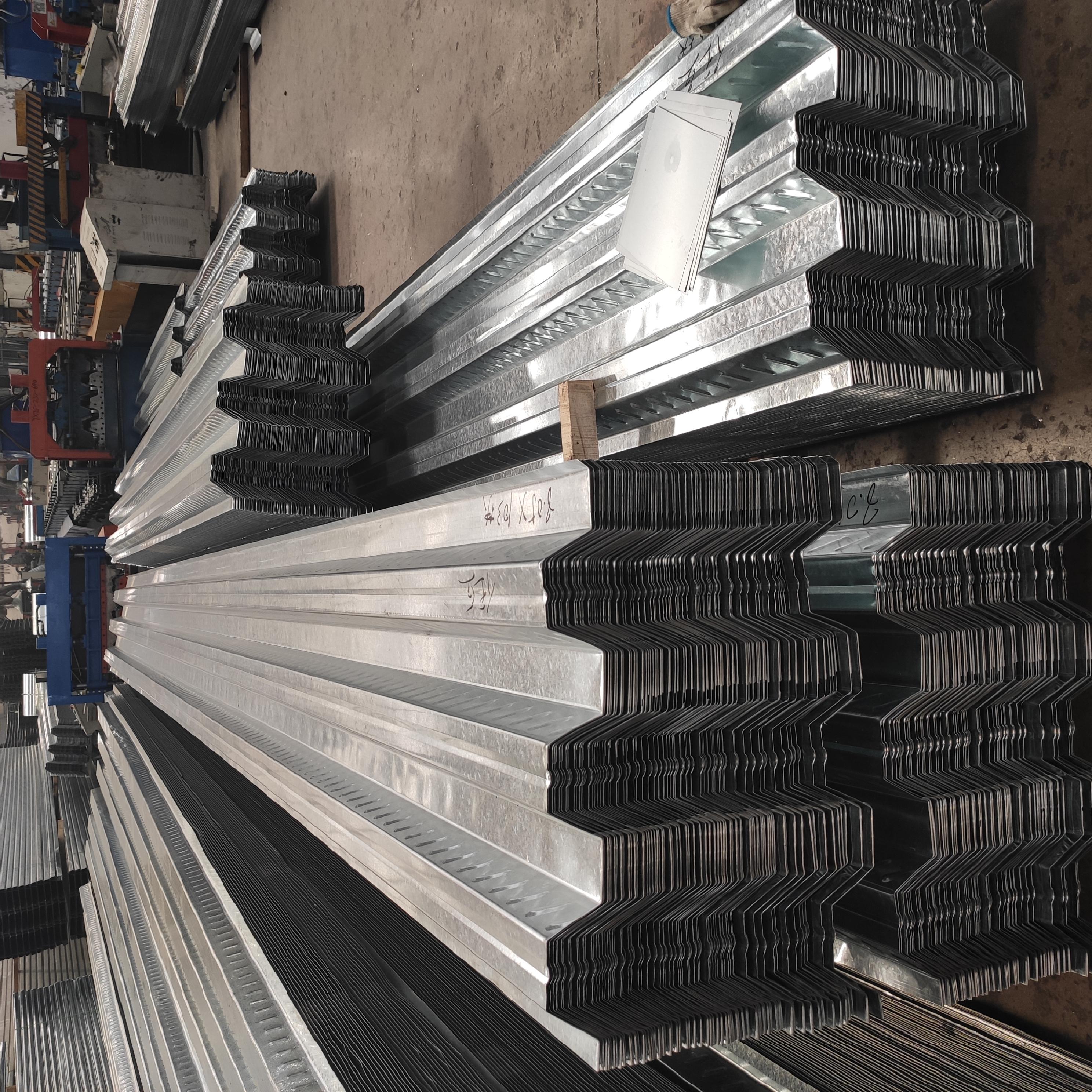 锡林浩特0.5厚新宇白灰YX12-110-880型