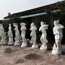 梅州专业定制玻璃钢人物雕塑特价批发品种齐全图片