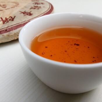 重庆班章正山茶厂2006年越旧越醇班章青饼(普洱生茶)