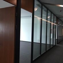 深圳辦公室鋁合金玻璃隔斷-深圳玻璃隔斷圖片
