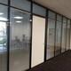 办公室铝合金双玻中间百叶窗隔断图