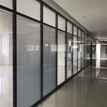承接鋁合金高隔斷墻辦公室高間隔墻款式齊全,高隔間圖片