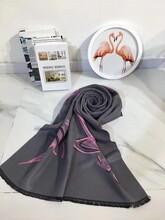 品牌折扣羊絨圍巾時尚折扣女裝批發圖片
