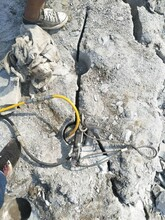 公路扩建岩石太硬不让放炮南通价位图片