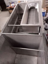 润格环保设备油水分离器图片