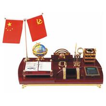 广州专业生产红木台历报价台历图片